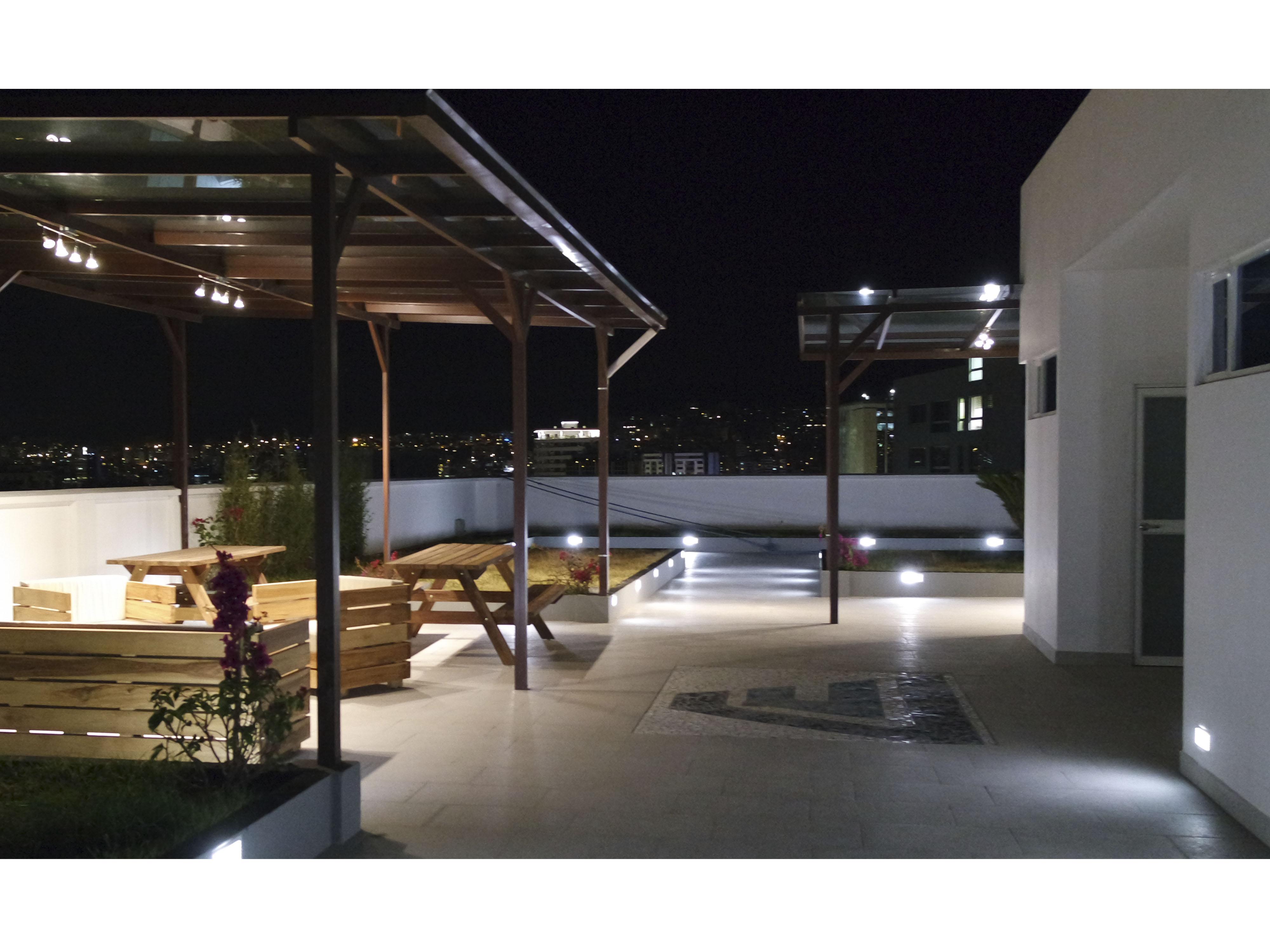 terraza nocheweb